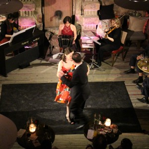 Tango music and dance in Brody Studios. Dancers: Endre Szeghalmi and Andrea Serban. Musicians: Éva Gárdos on piano, Eszter Horváth on violin.